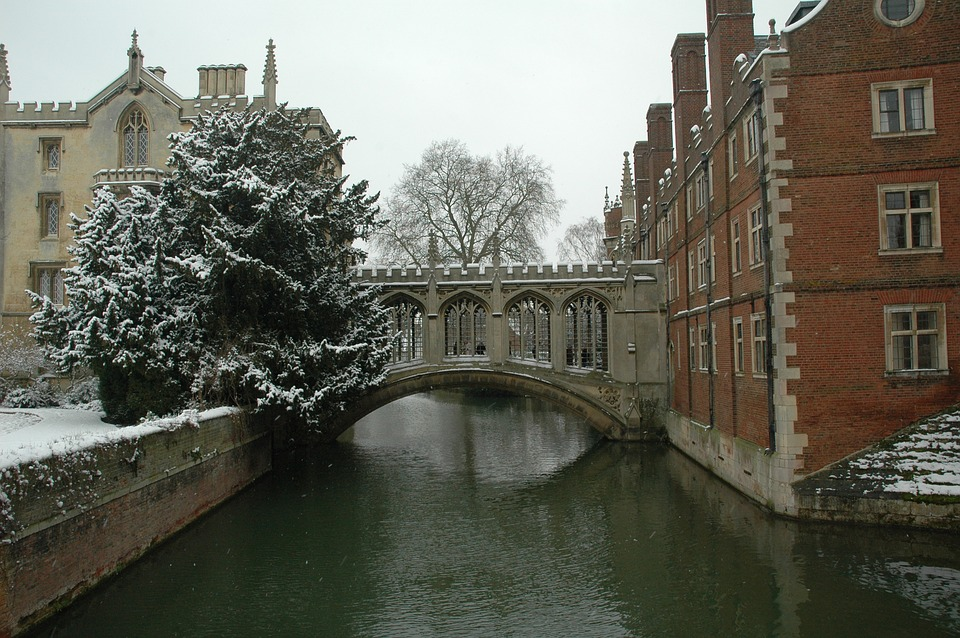 cambridge-1264875_960_720.jpg